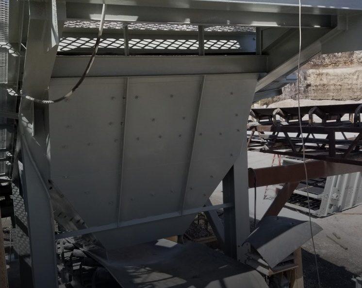 screening equipment in a limestone quarry